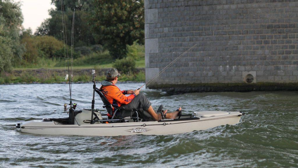 Peddle kayak